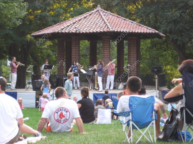 franklin-ma-concert-common-band-stand.jpg
