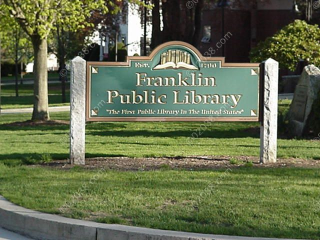 franklin-ma-public-library-ext1.jpg