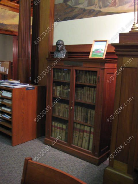 franklin-ma-public-library-int-bens-books.jpg