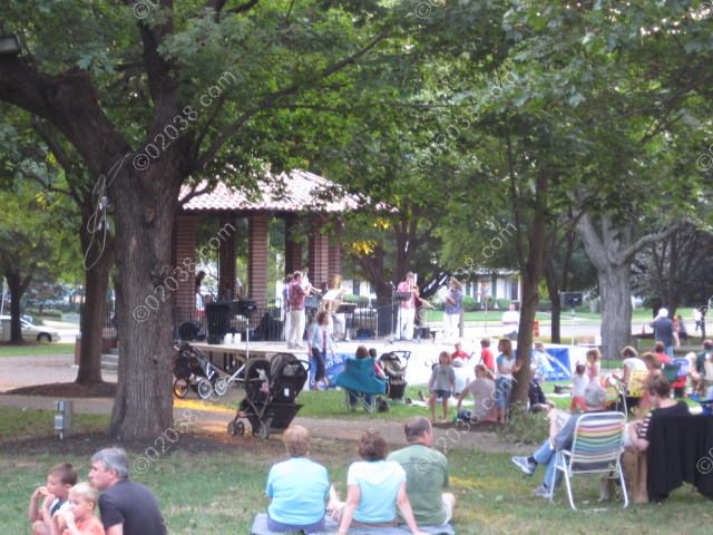 franklin-ma-town-common-concert.jpg