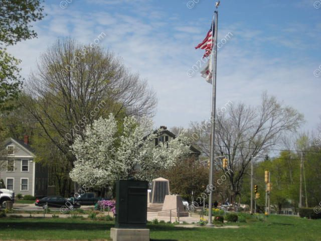 franklin-ma-town-common-spring-3.jpg