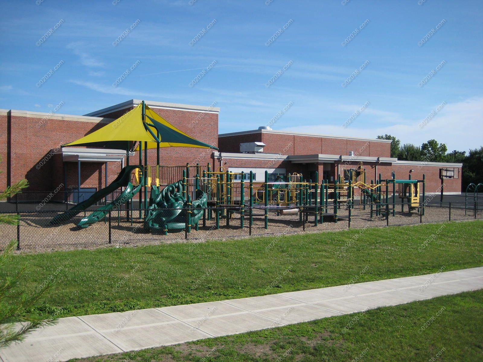 oak-st-elementary-school-franklin-ma-9.jpg