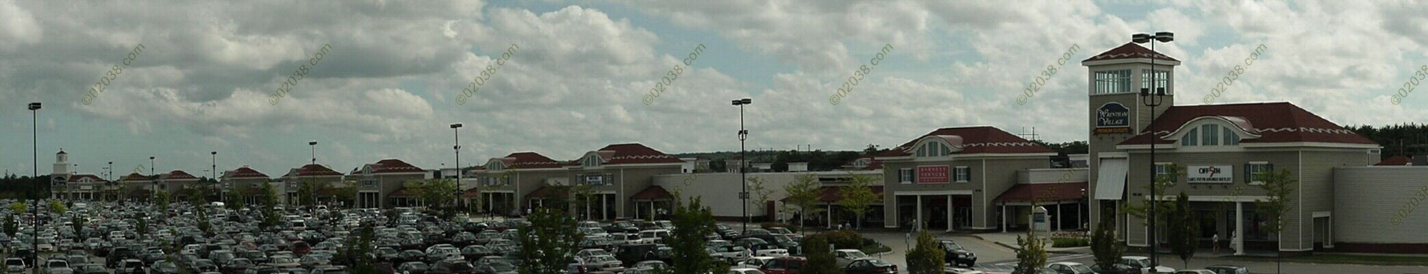 wrentham-outlets-mall.jpg