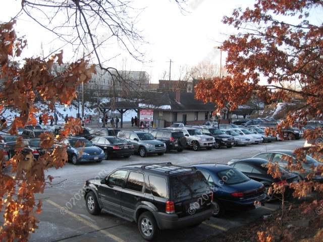 commuter rail mbta parking downtown franklin 2