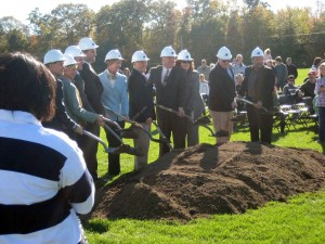 New Franklin MA High School ground breaking 2