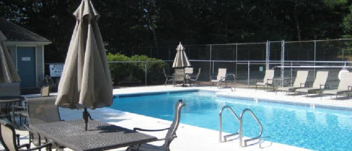 Chestnut Ridge condos Franklin MA pool