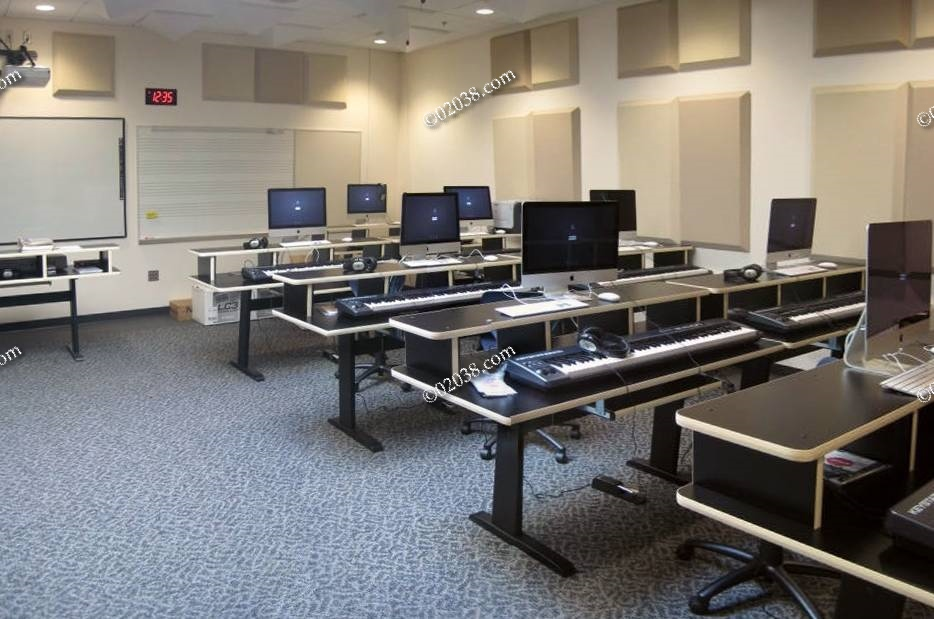 High tech everywhere at Franklin High School | Franklin ...